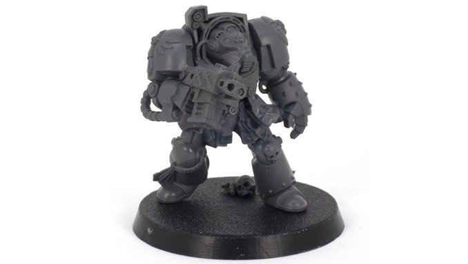 How to Strip Paint Off Miniatures - Deathwing Terminator