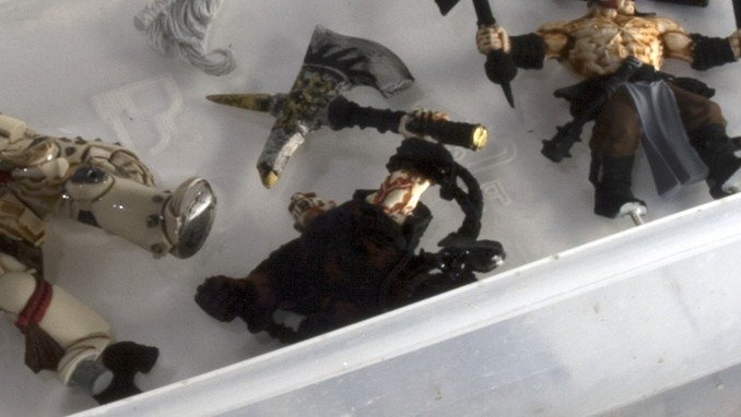 How to Strip Paint Off Miniatures - Scyrak The Slaughterer